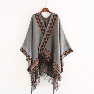 Sweaters - Native shawl poncho